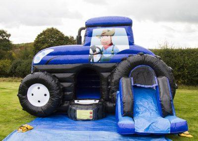 Tractor Bouncy Caslte